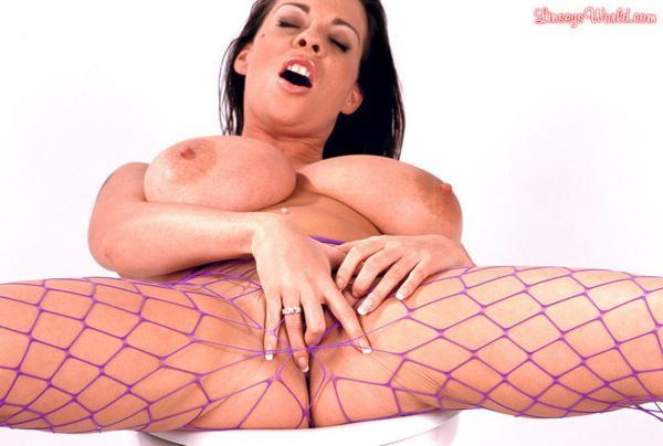 Busty Linsey Video 78